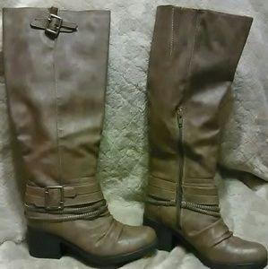 Carlos Santana Candace mid calf Boots